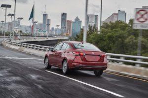 Nuevo Nissan Versa 2020 lanzmiento México trasera