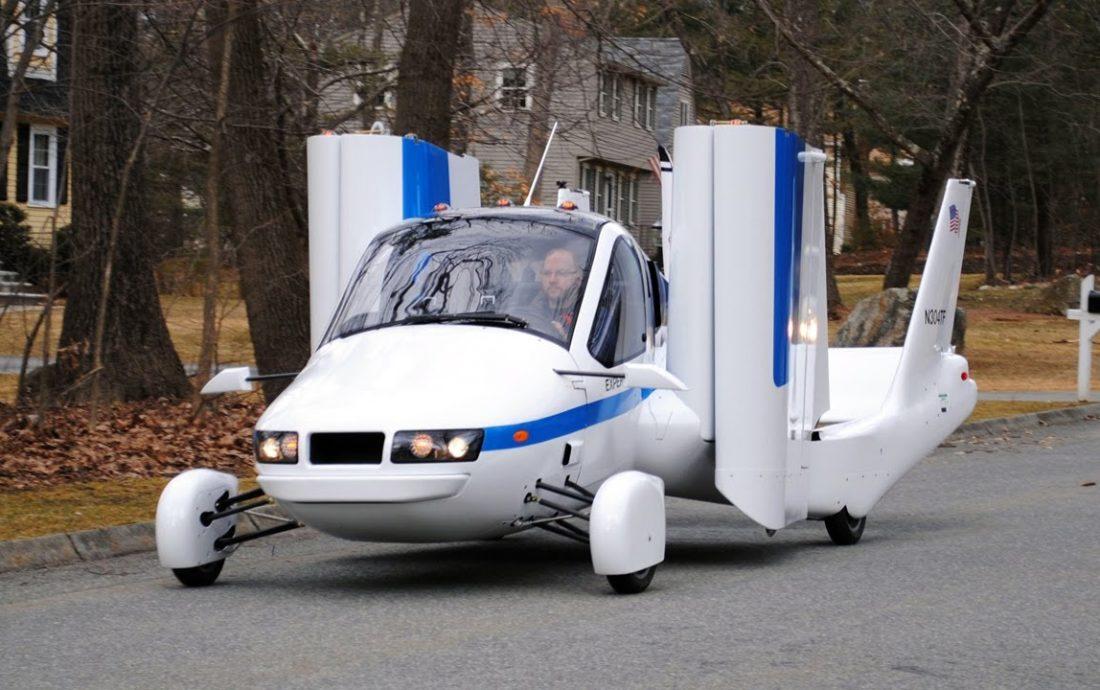 Primer auto volador del mundo se venderá en octubre — EEUU